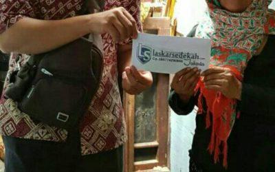 LS Jakarta : Eksekusi Sedekah kepada Ibu Hamidah (65th)  (Kamis 03 Januari 2019 )