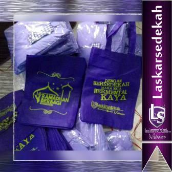 Packing Donasi Paket Lebaran