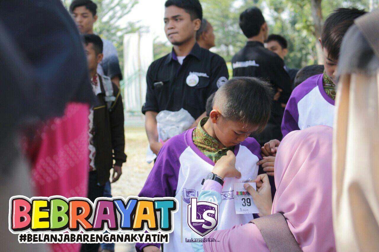 BEBRAYAT Part 4 (Belanja Bareng Anak Yatim) LS Surakarta