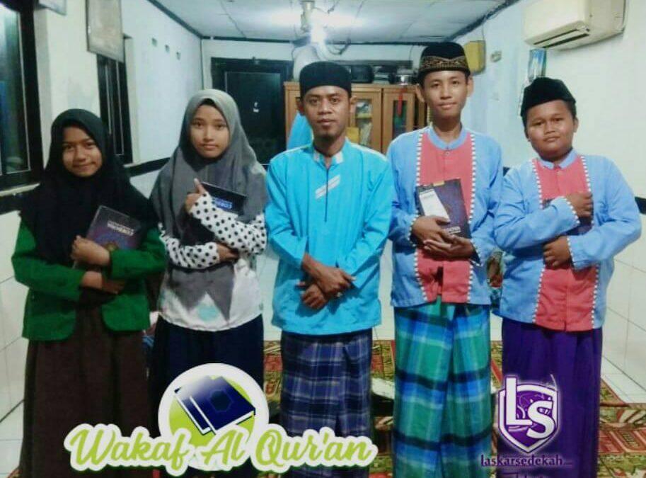 LS Jakarta : Wakaf Al Qur'an untuk Mushollah Al-Maghfiroh, Tanggul Kali Angke | Ahad, 13 Januari 2019